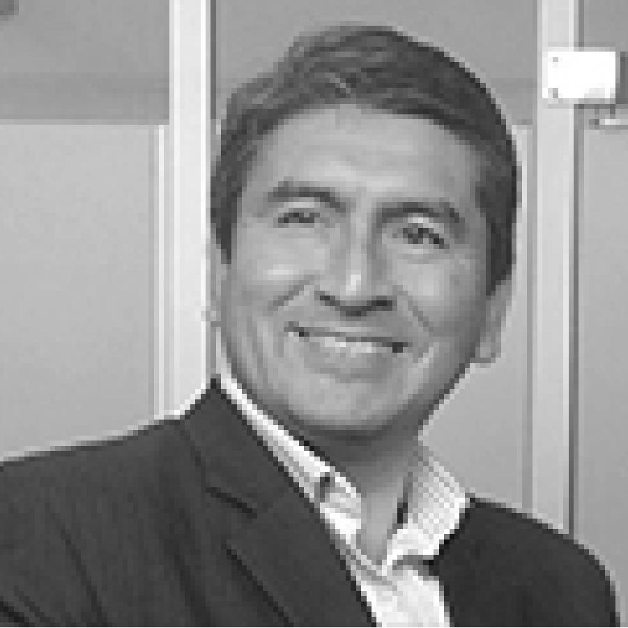 Roberto Tello